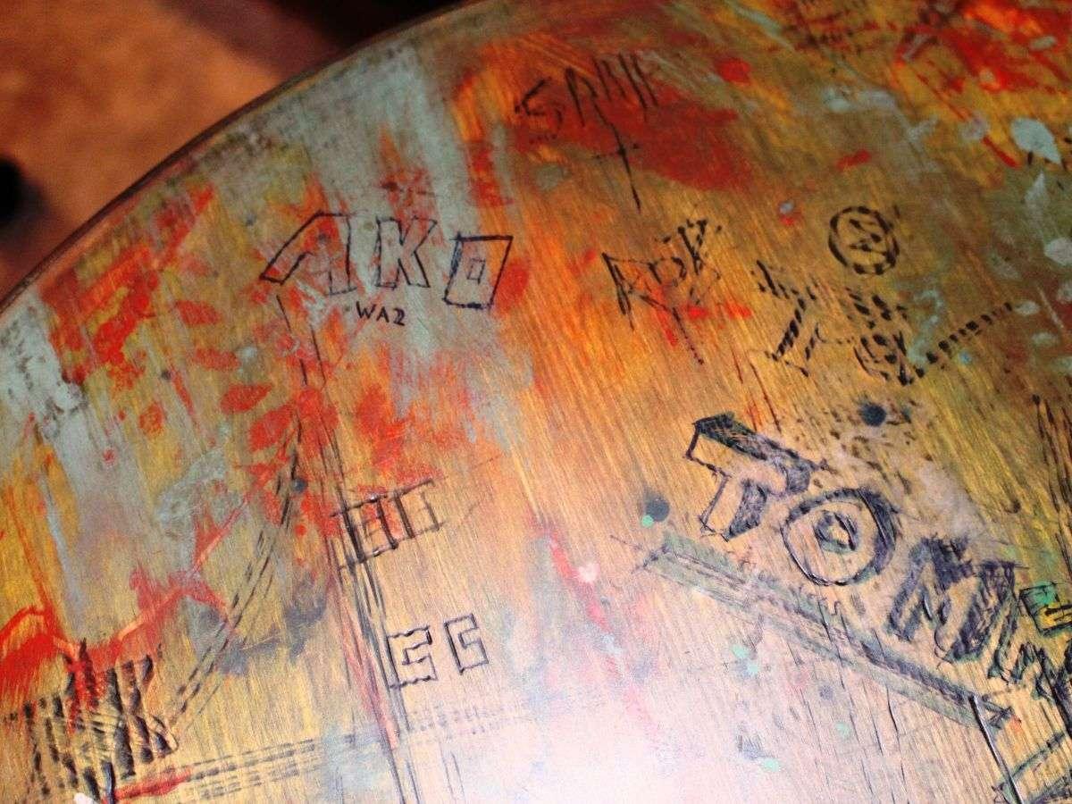 Black Barrel Liverpool desk table top (7)